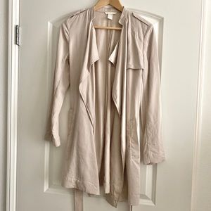 H&M Lightweight Beige Trench Coat